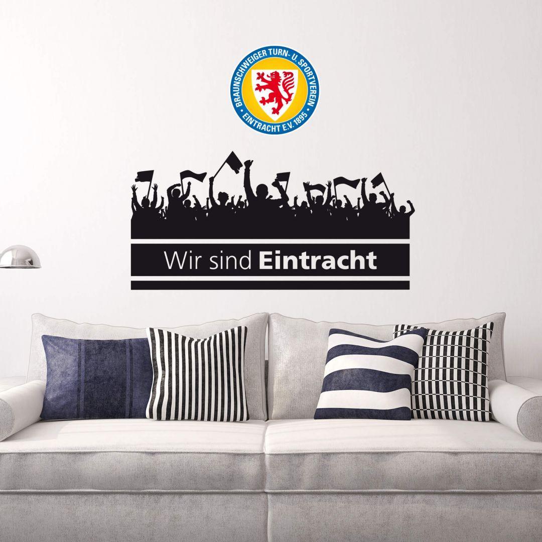 Wandtattoo Eintracht Braunschweig Wir sind Eintracht mit Fans und Logo farbig - WA208876