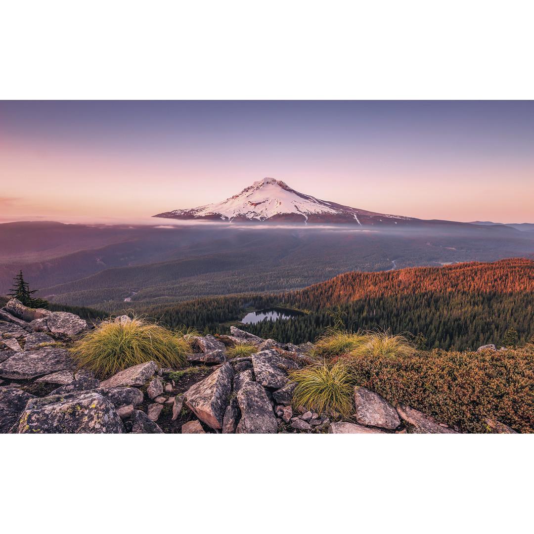 Sonderanfertigung Exklusive Vliestapete Kingdom of a Mountain - KOSH059-VD4-ONE
