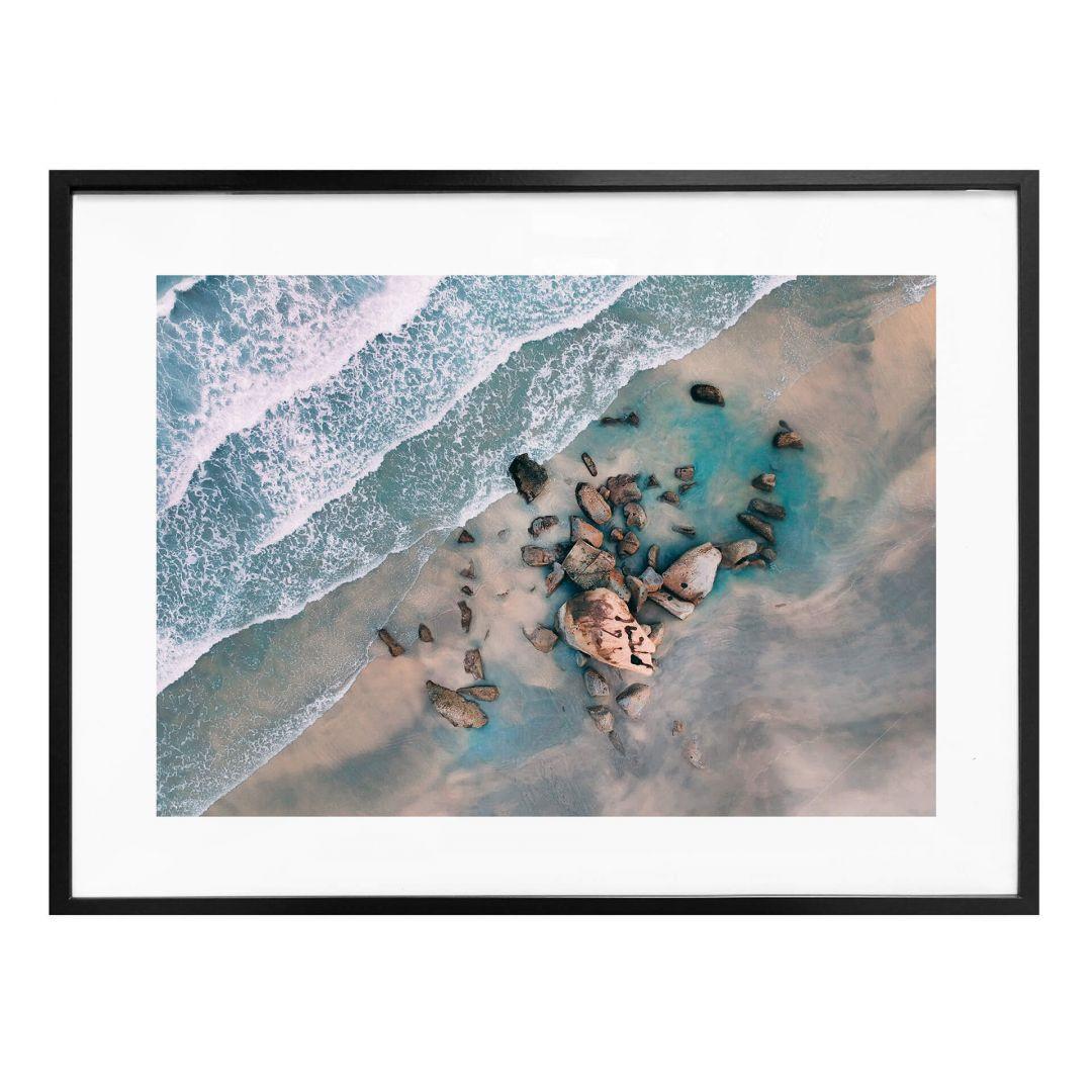Poster Der Blick von oben: Steine am Strand - WA257224