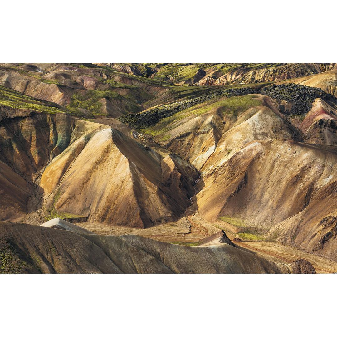 Sonderanfertigung Exklusive Vliestapete Shiny Mountains - KOSH062-VD4-ONE