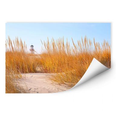 Wallprint Leuchtturm im Strandfeld