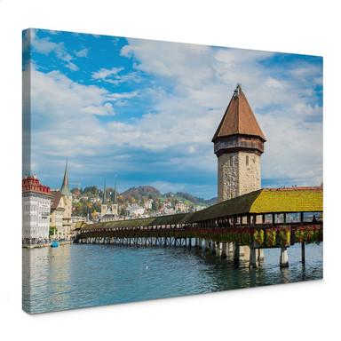 Leinwandbild Holzbrücke in Luzern