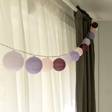 Cotton Ball Lights LED-Lichterkette lila violett 20-teilig - Bild 1
