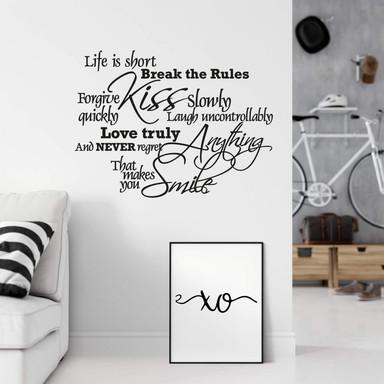 Wandtattoo Life is short...