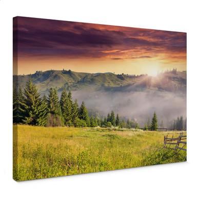 Leinwandbild Bergtal im Nebel