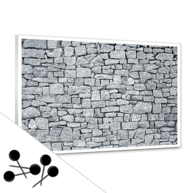 Pinwand Granitmauer inkl. 5 Pinnadeln
