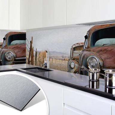Küchenrückwand - Alu-Dibond-Silber - Old Rusted Cars