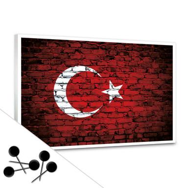 Memoboard Türkische Flagge Maueroptik inkl. 5 Pinnnadeln