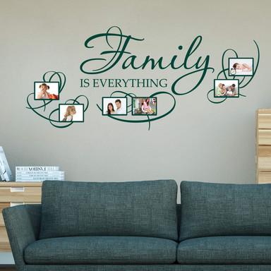 Wandtattoo Family is everything mit Platz für Fotos