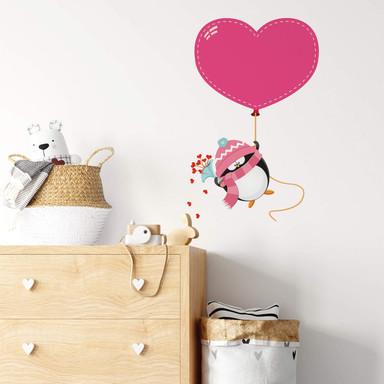 Wandsticker Pinguin mit Herzluftballon