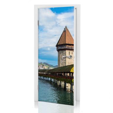 Türdesign Holzbrücke in Luzern - Bild 1