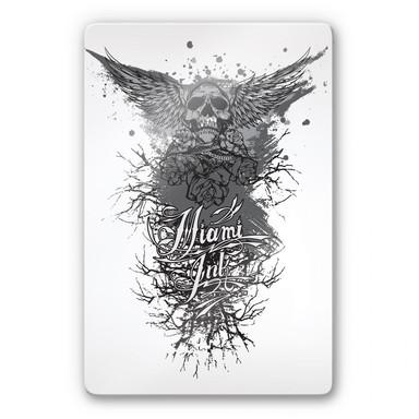 Glasbild Miami Ink Schädel mit Flügeln