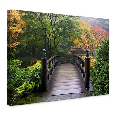 Leinwandbild Brücke im Grünen