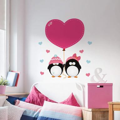Wandsticker Pinguinpaar mit Herzen
