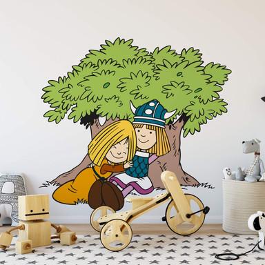 Wandsticker Wickie und Ylvi Baum