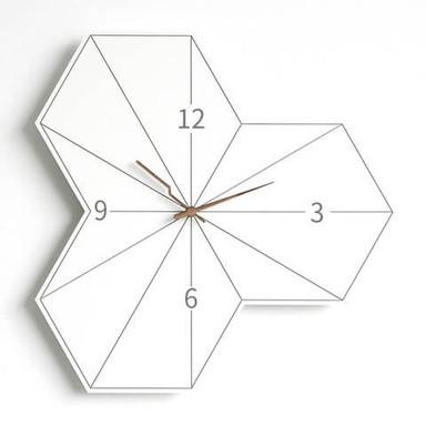 Moderne Wanduhr Walnuss Holzzeiger weiss Hexagon 30x30cm