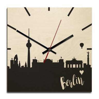 Holz-Wanduhr - Skyline Berlin quadratisch