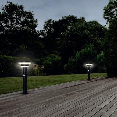 LED Solarwegeleuchte Endura in Schwarz und Weiss 6W 400lm IP44