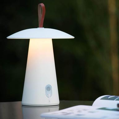 famlights | LED Akku Tischleuchte Megan in Weiss 2700K 260lm IP54