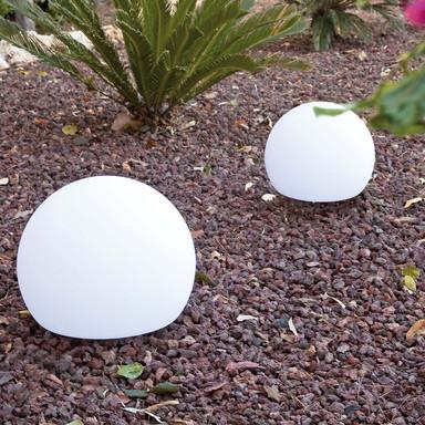 Zeitlose Gartenkugel Balda aus Polyethylen in weiss, Ø 400 mm, IP65. mit 2000 mm Kabellänge