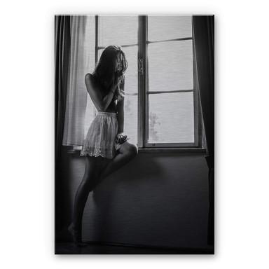 Alu-Dibond-Silbereffekt Krystynek - Girl on the Window