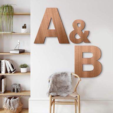 Holzbuchstaben Mahagoni - Schriftart Swiss