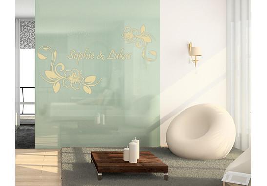 Folienfarbe in Wohnansicht: Sparkling Yellow - Glasdekor Wunschtext Hibiskustraum
