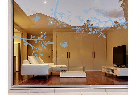 Folienfarbe in Wohnansicht: Offshore Blue - Glasdekor Drei äste