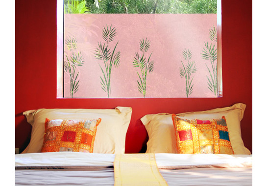 Folienfarbe in Wohnansicht: Romantic Rose - Sichtschutz Palmenzweig I
