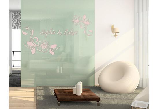 Folienfarbe in Wohnansicht: Romantic Rose - Glasdekor Wunschtext Hibiskustraum