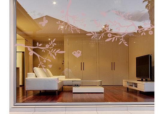 Folienfarbe in Wohnansicht: Romantic Rose - Glasdekor Drei äste