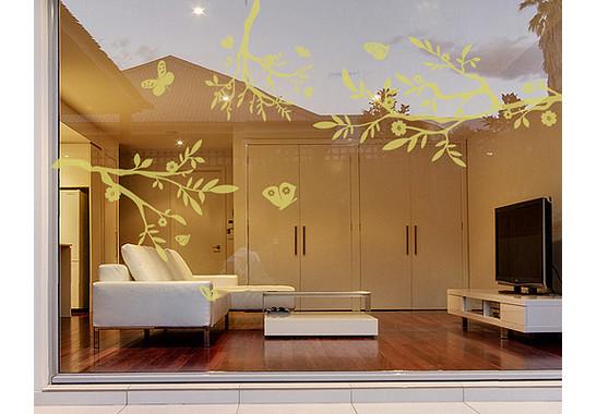 Folienfarbe in Wohnansicht: Sparkling Yellow - Glasdekor Drei äste
