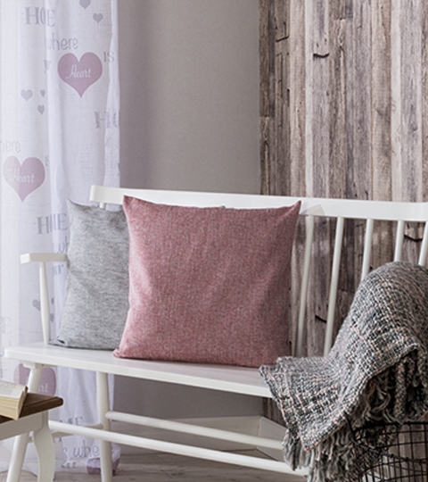 wohnaccessoires im grossen deko shop. Black Bedroom Furniture Sets. Home Design Ideas